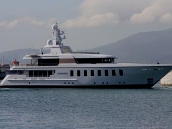 MY Gladiator - Feadship Van Lent 803